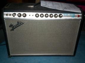Fender Deluxe Reverb-Amp